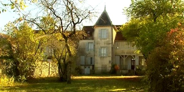 Maison des Renoir à Essoyes en Champagne à la recherche d'argent