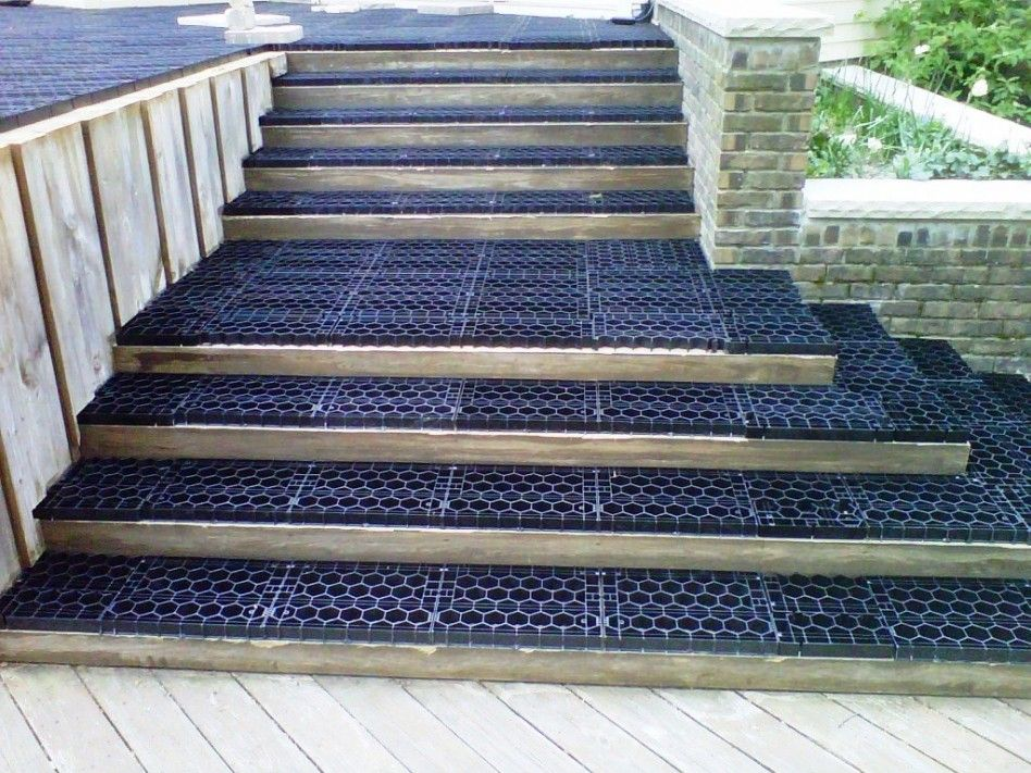 Best Exterior Exterior Astonishing Deck With Stair Decorating 400 x 300