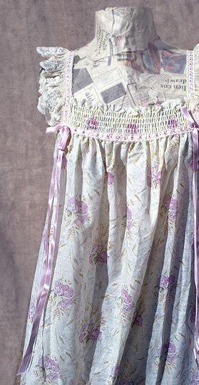 wildflower peignoir set - deadlyvintage.com #vintage #neovictorian
