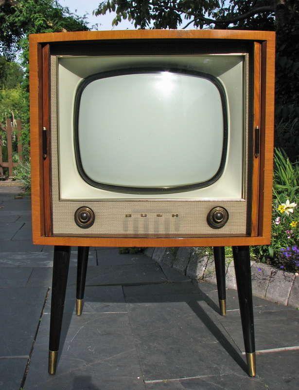 I Want A Vintage Tv Even If Just For Decoration Old Tv Vintage Tv Tv