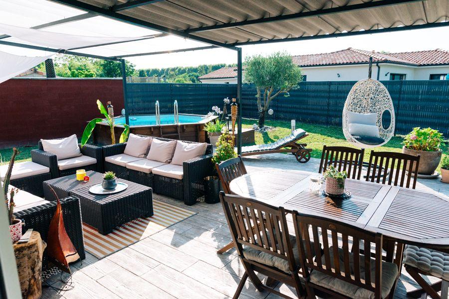 petit jardin convivial et chaleureux terrasse salon de jardin mur de ...