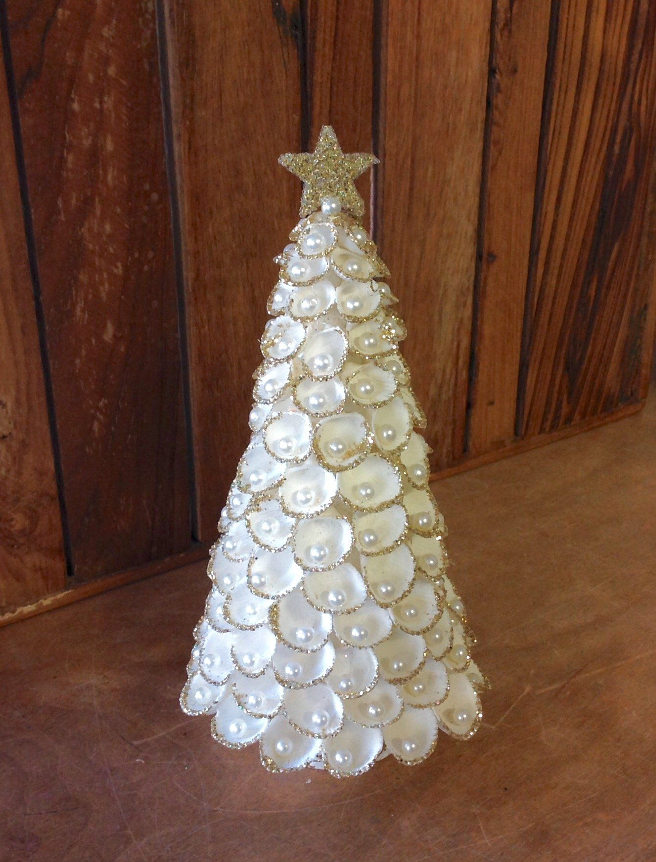 Clam Shell Tree Decor Christmas Tree Crafts Jeweled Christmas Trees Christmas Diy