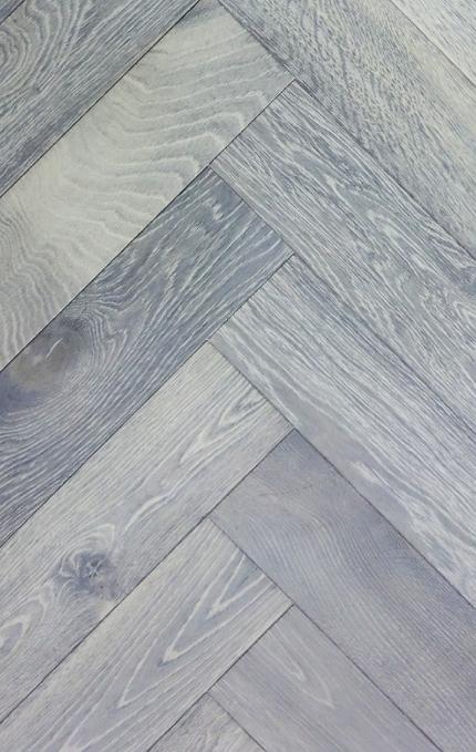 Silver Grey. Grey oiled oak, wire brushed herringbone
