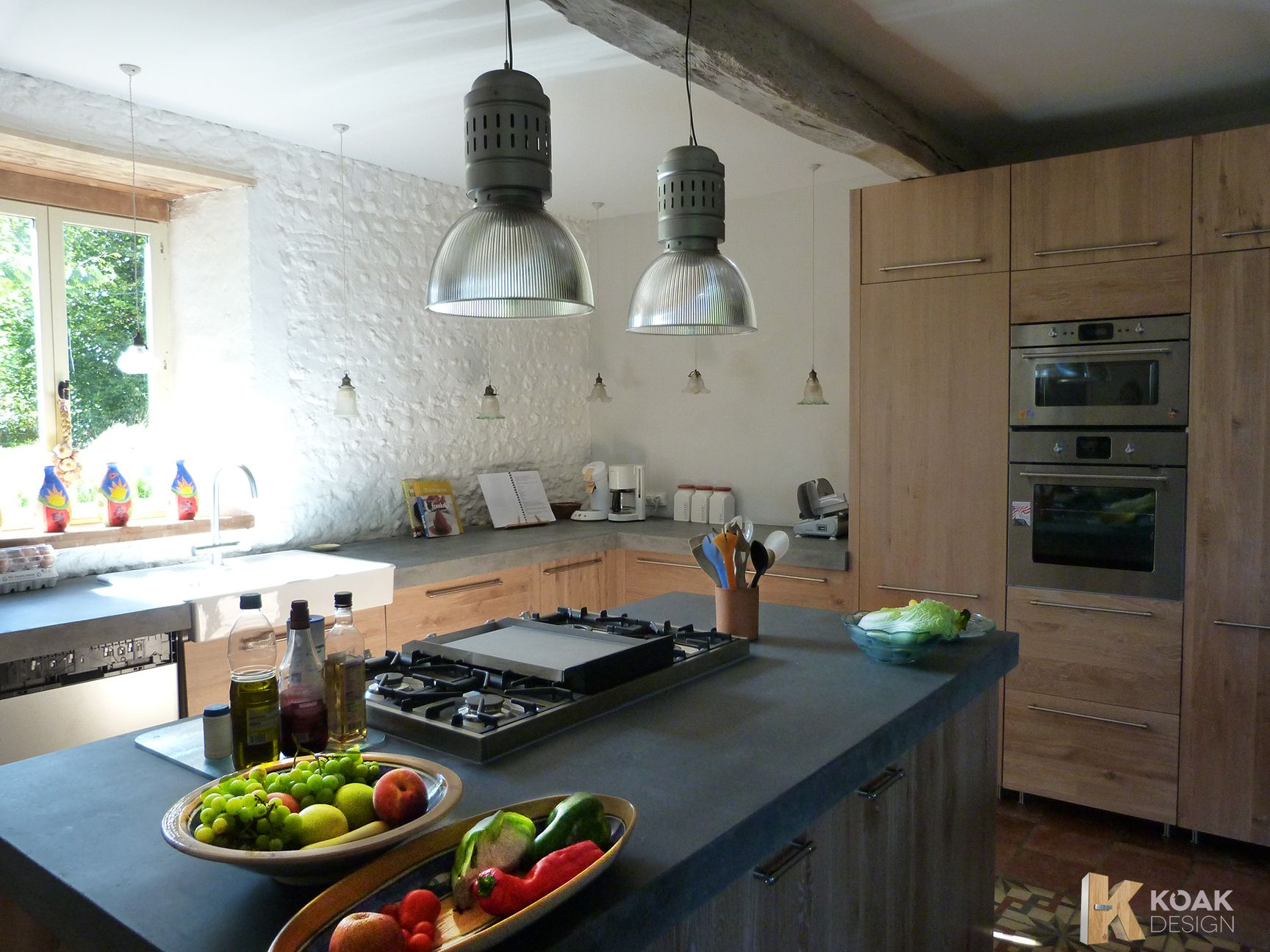 koak design massief houten keuken whitewash opgeruwd keukenblad donker beton ikeakitchen. Black Bedroom Furniture Sets. Home Design Ideas