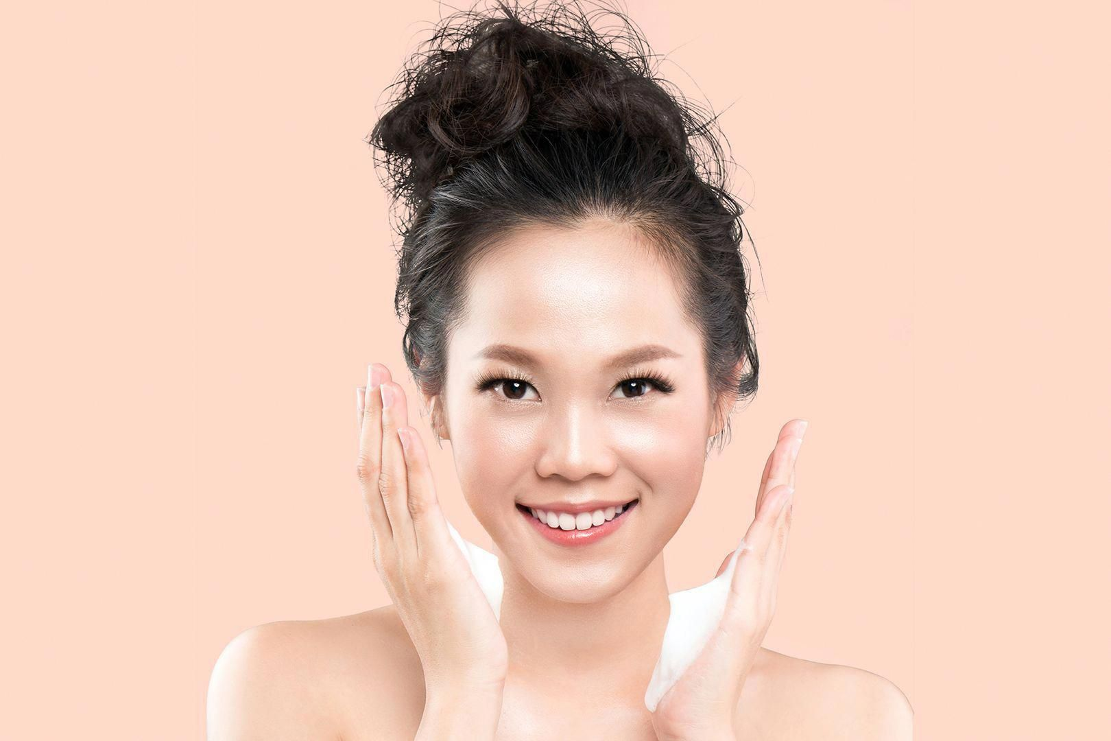 Cloudless skin is the latest skincare craze from Korea