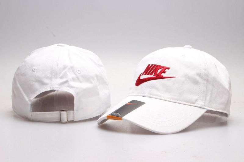 Men s   Women s Unisex Nike Heritage 86 Futura Logo Strap Back Adjustable  Baseball Hat - White   Red e438db99b5d