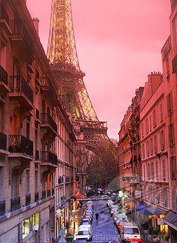 Paris...gorgeous pink sunsets