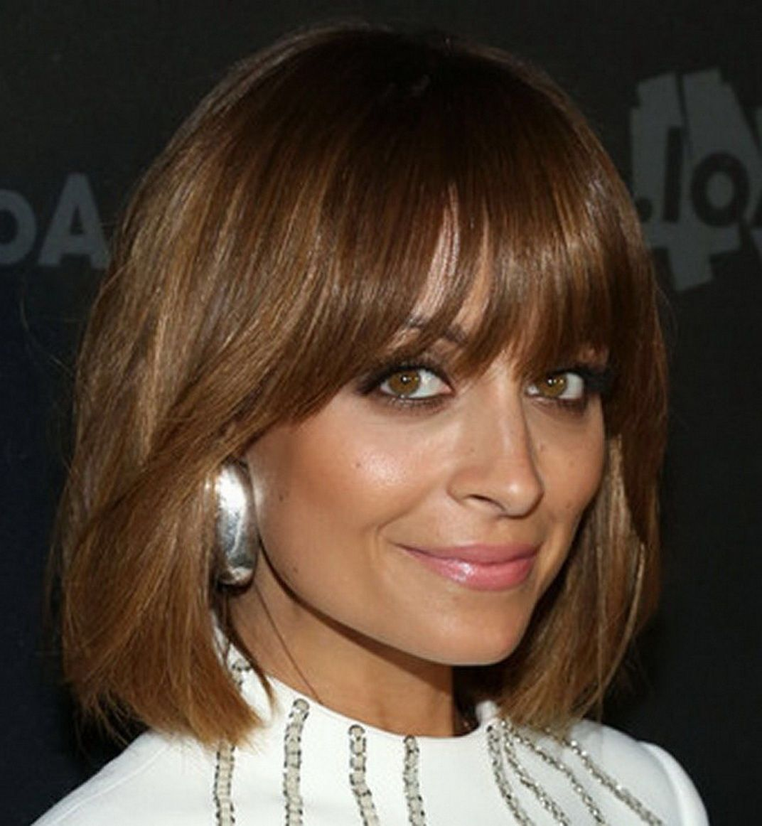 Populaire Straight short light brown hair with bangs - Capelli corti lisci  ZF67