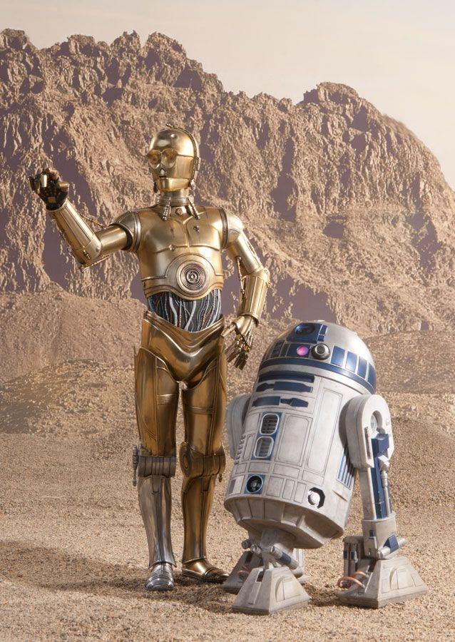 Inside the photo studio with C-3PO