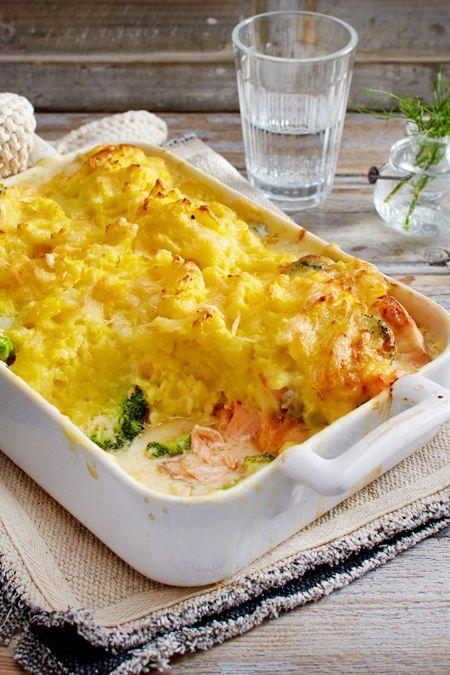Brokkoli-Lachs-Auflauf mit Kartoffel-Käse-Kruste Rezept  | LECKER #menus