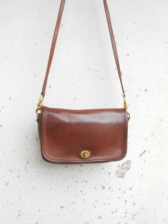 08147d48638 B6D - 9755 Brown Leather Purse Leather Crossbody Bag / Authentic / Small