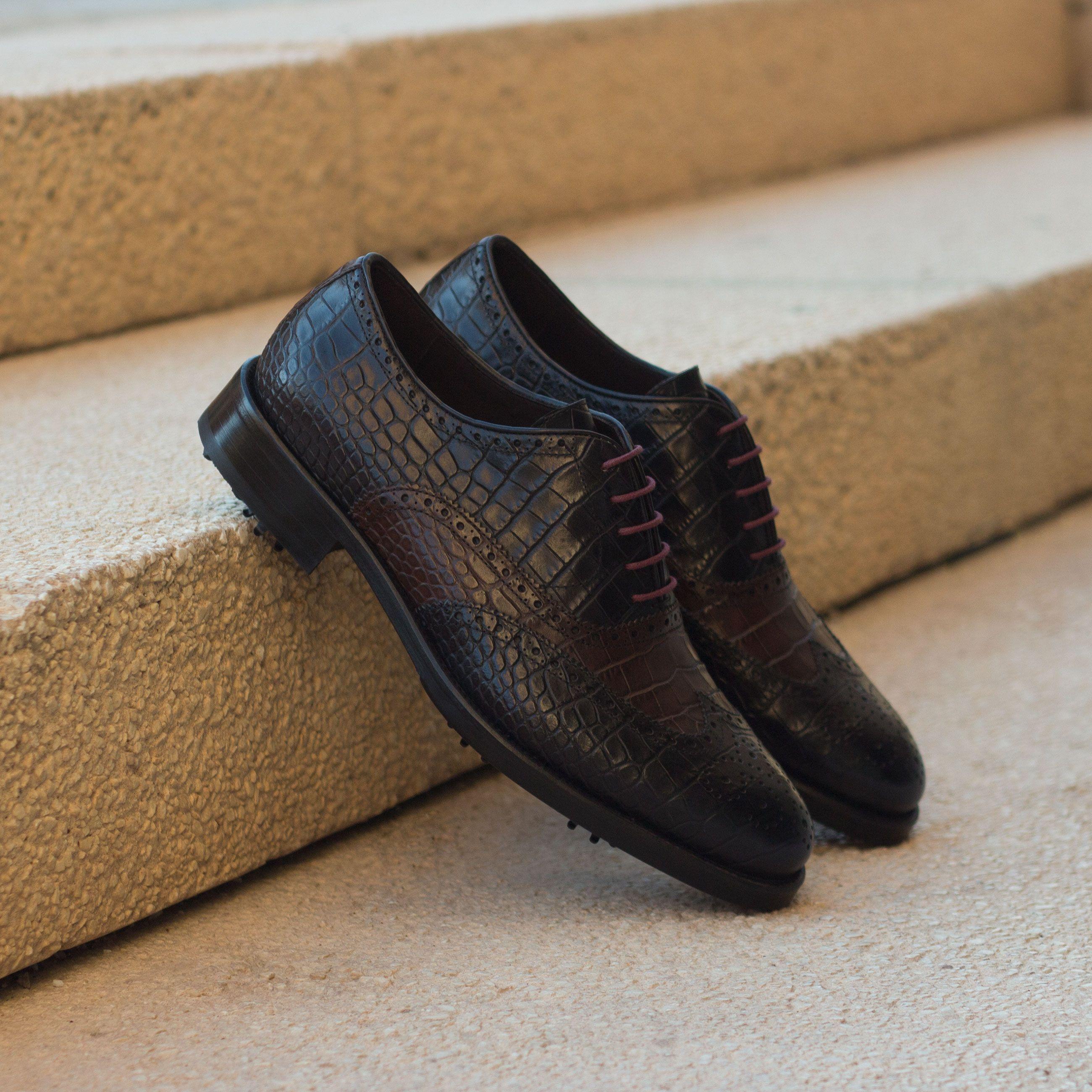 Custom Made Men's Wingtip Golf Shoe in