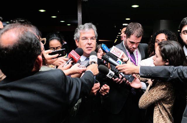 """BLOG ÁLVARO NEVES """"O ETERNO APRENDIZ"""" : SENADOR JORGE VIANA PRESIDENTE DA COMISSÃO TEMPORA..."""