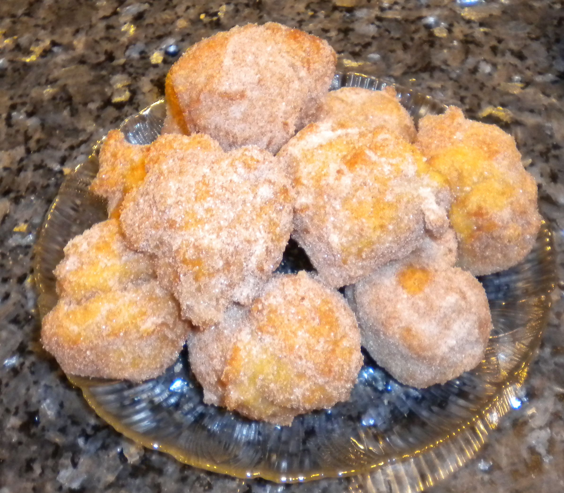 Cinnamon Sugar Zeppoles Italian Fried Donut Holes In Case You Didn T Know