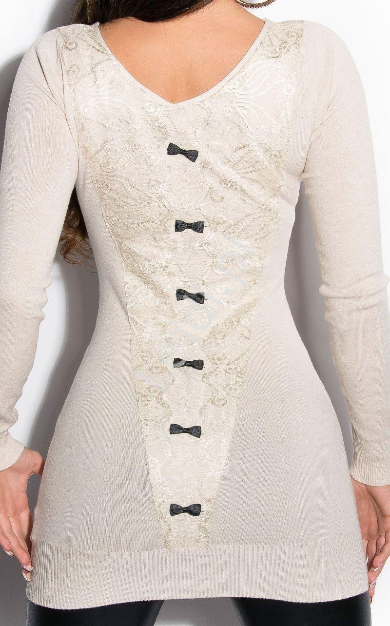 5ee215ba72a7 Sweter wełniany z kokardkami i koronką na plecach