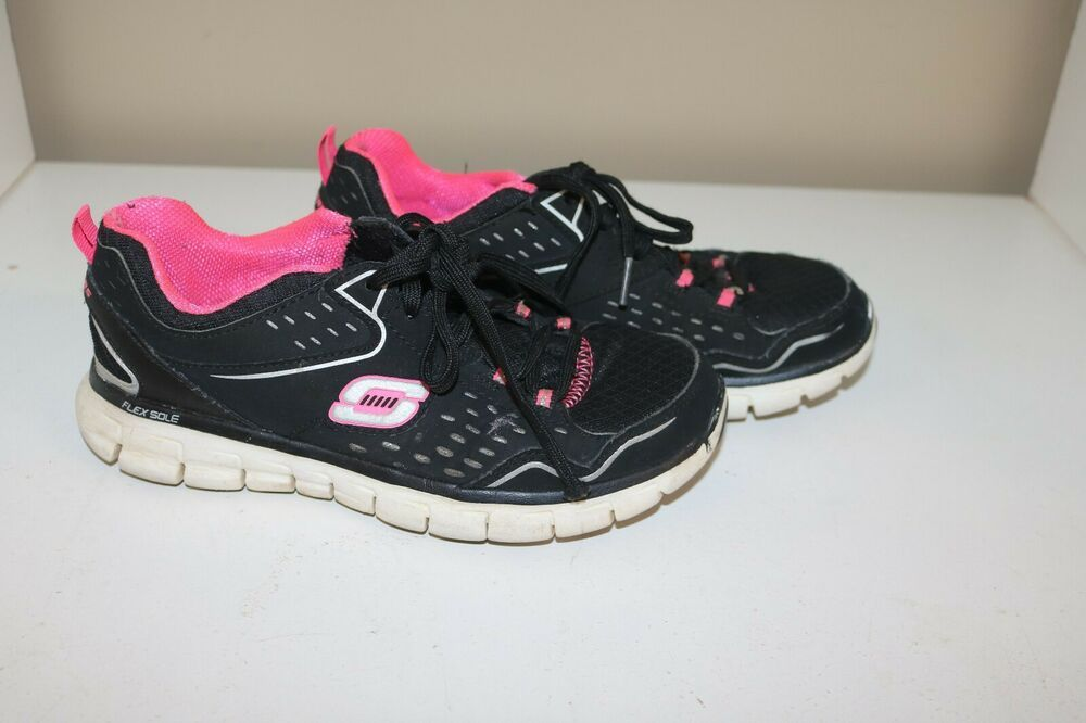Skechers Flex Sole Ladies Size 6 Hot Pink And Black Skechers Skechers Flex Sole Skechers Hot Pink
