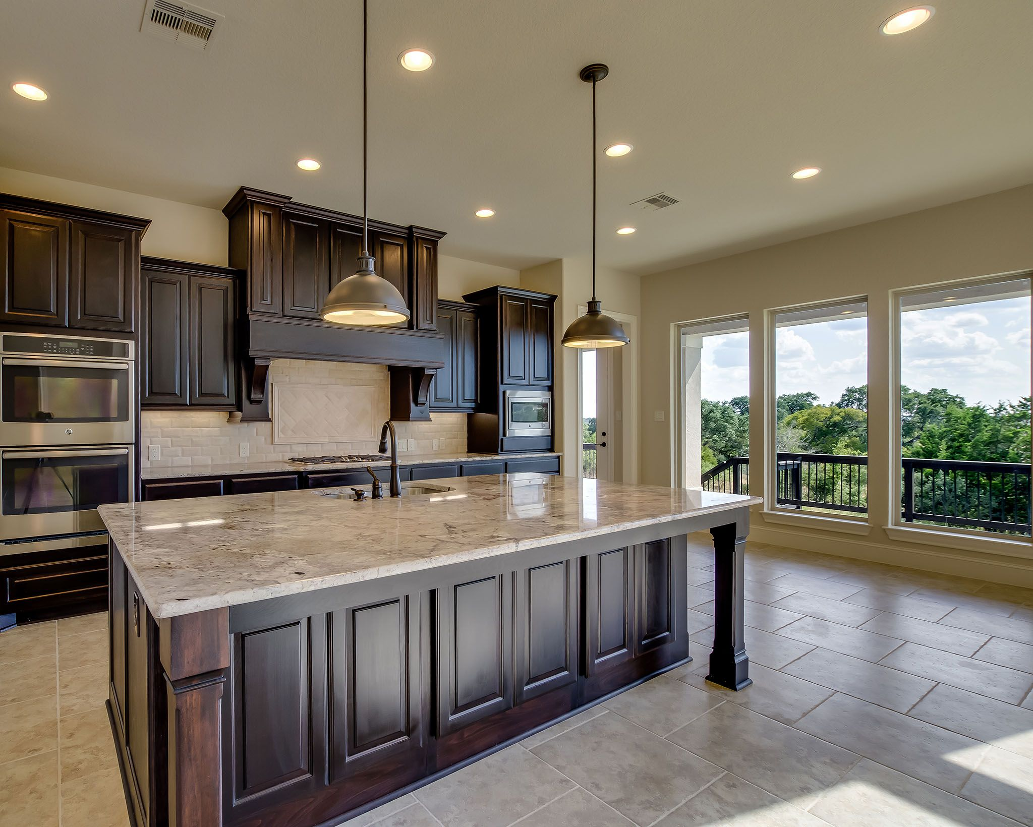 Vintage Oaks Home Ready for Move-In - 4,931 Sq. Ft. - light granite ...