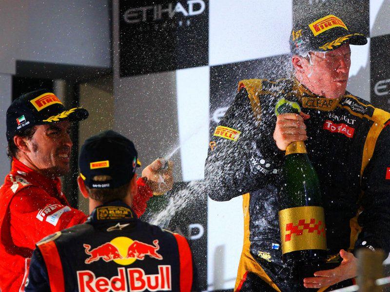 Fernando and Sebastian spray Kimi Formula 1, Racing