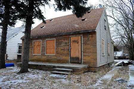 Eminem S Old House In Detroit Pics Old House House House Styles