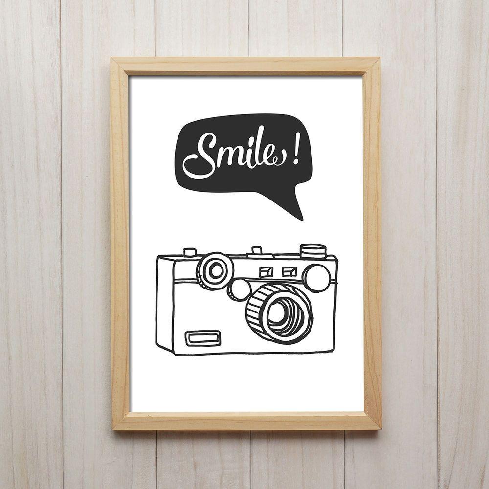 smile kamera kunstdruck poster a4 abstrakt schwarz wei retro vintage wandbild wandbilder. Black Bedroom Furniture Sets. Home Design Ideas