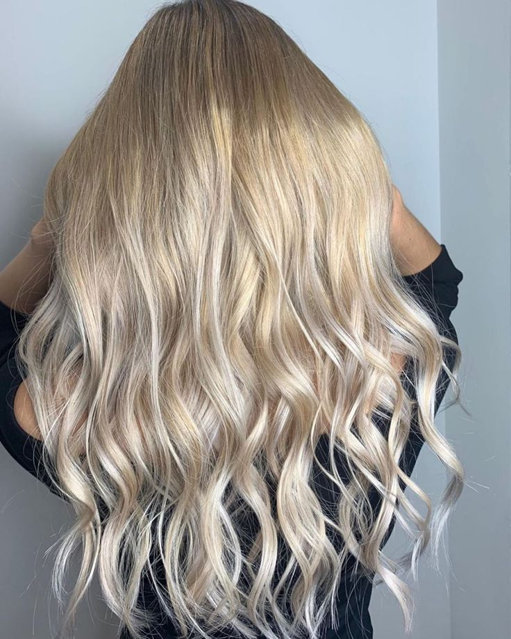 Even if the summer is gone this beach waves hairstyle ghd   good hair day every