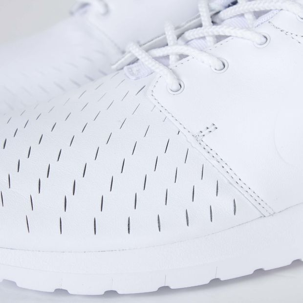 """The Nike Roshe NM Laser """"White"""" is ready to take on summer"""