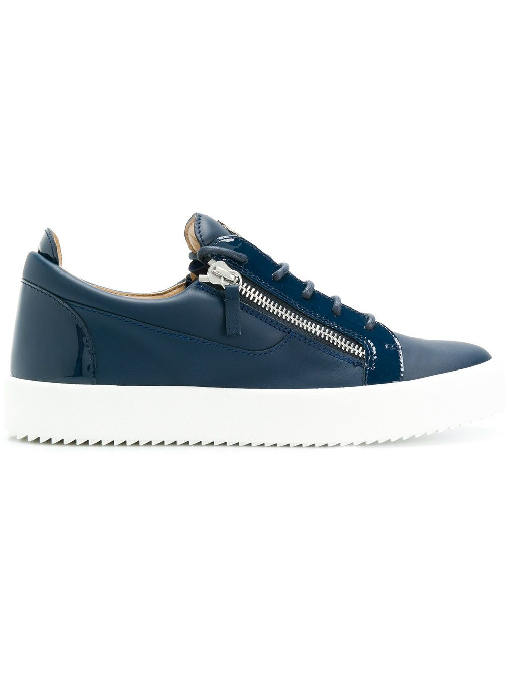 buy popular 9a2ff 7e85a Frankie Low-Top Sneakers   Pinterest