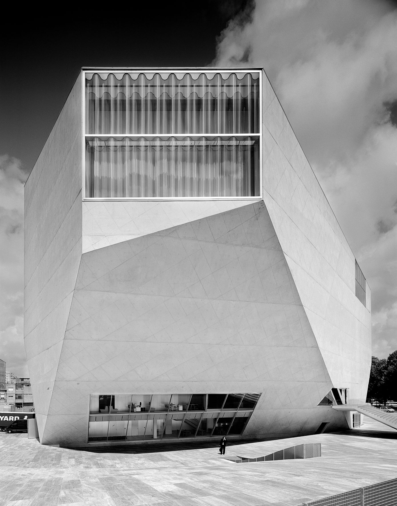 Rem koolhaas villa dall ava paris france 1991 atlas of - Rem Koolhaas Casa Da Musica Porto Portugal Ngphoto Com Pt