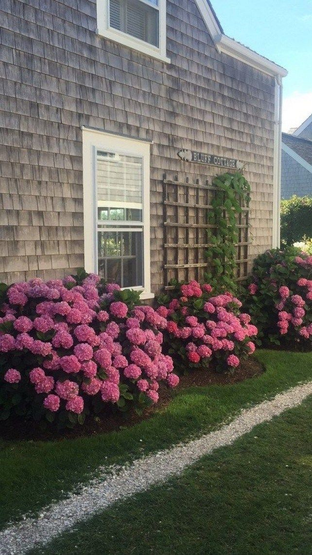 53 Beautiful Flower Beds in Front of House Design Ideas # ...