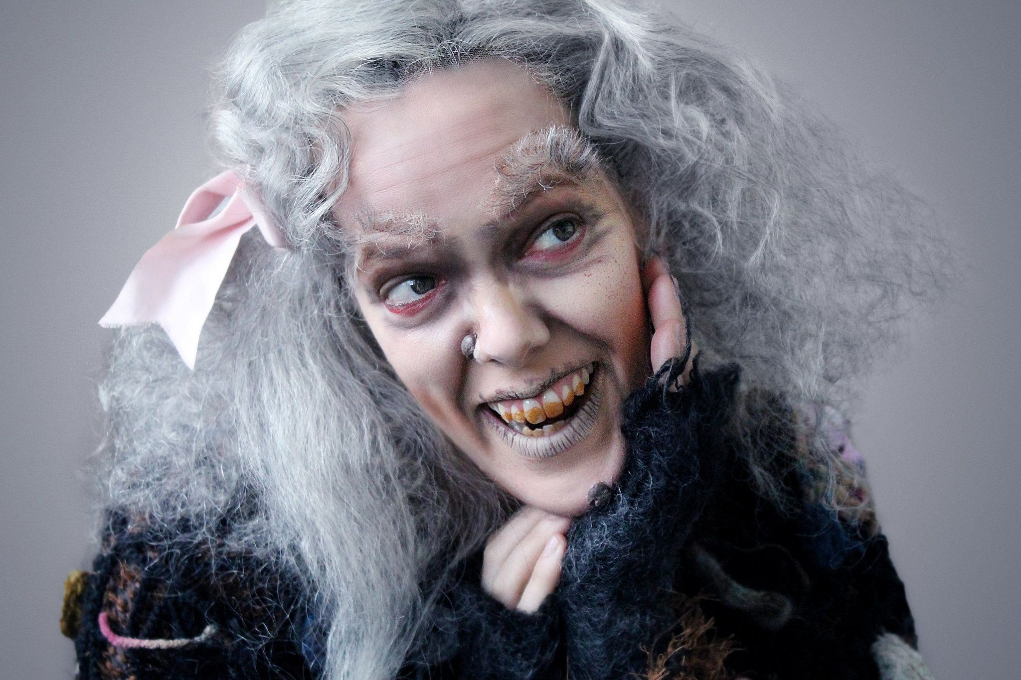 39 the addams family 39 actress amanda bruton says matriarch grandma is more than just comic relief. Black Bedroom Furniture Sets. Home Design Ideas