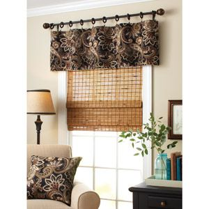 Superbe Idea Of How To Do A Valance For The Living Room.