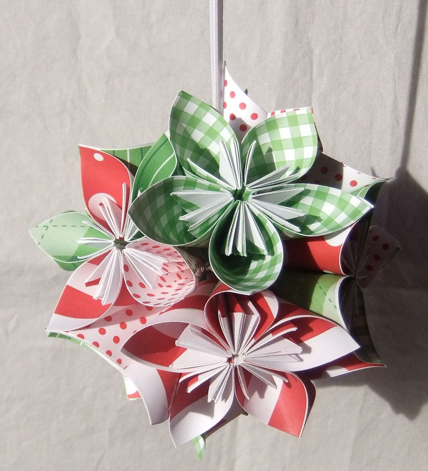 origami star ornaments | Origami Christmas Ornaments ... - photo#44