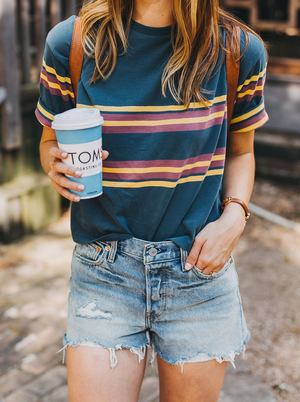 345f9caeec7 livvyland-blog-olivia-watson-austin-texas-fashion-style-urban-outfitters -striped-vintage-tee-levis-denim-wedgie-shorts -madewell-mini-leather-backpack-6