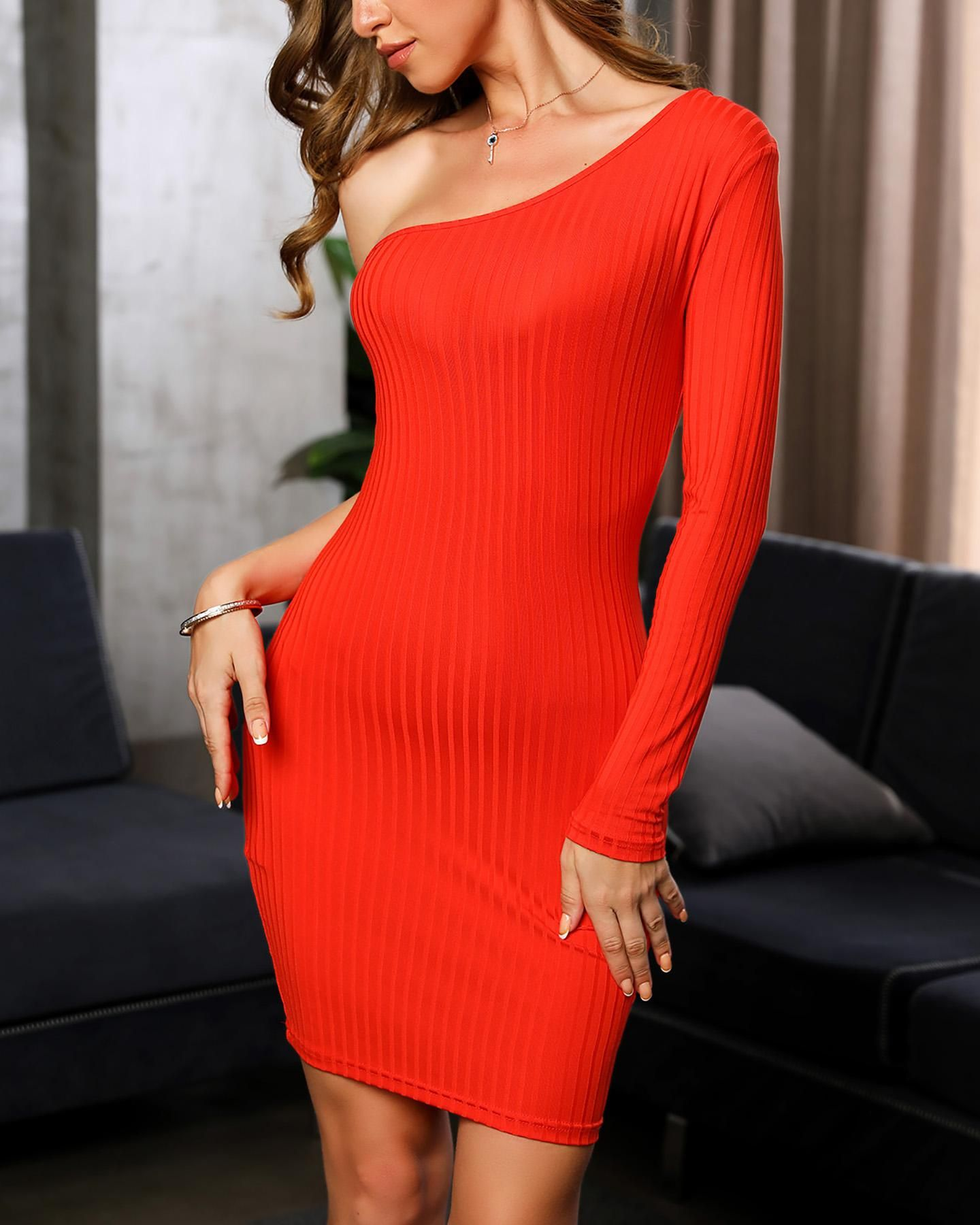 Long sleeve bodycon dress for a party