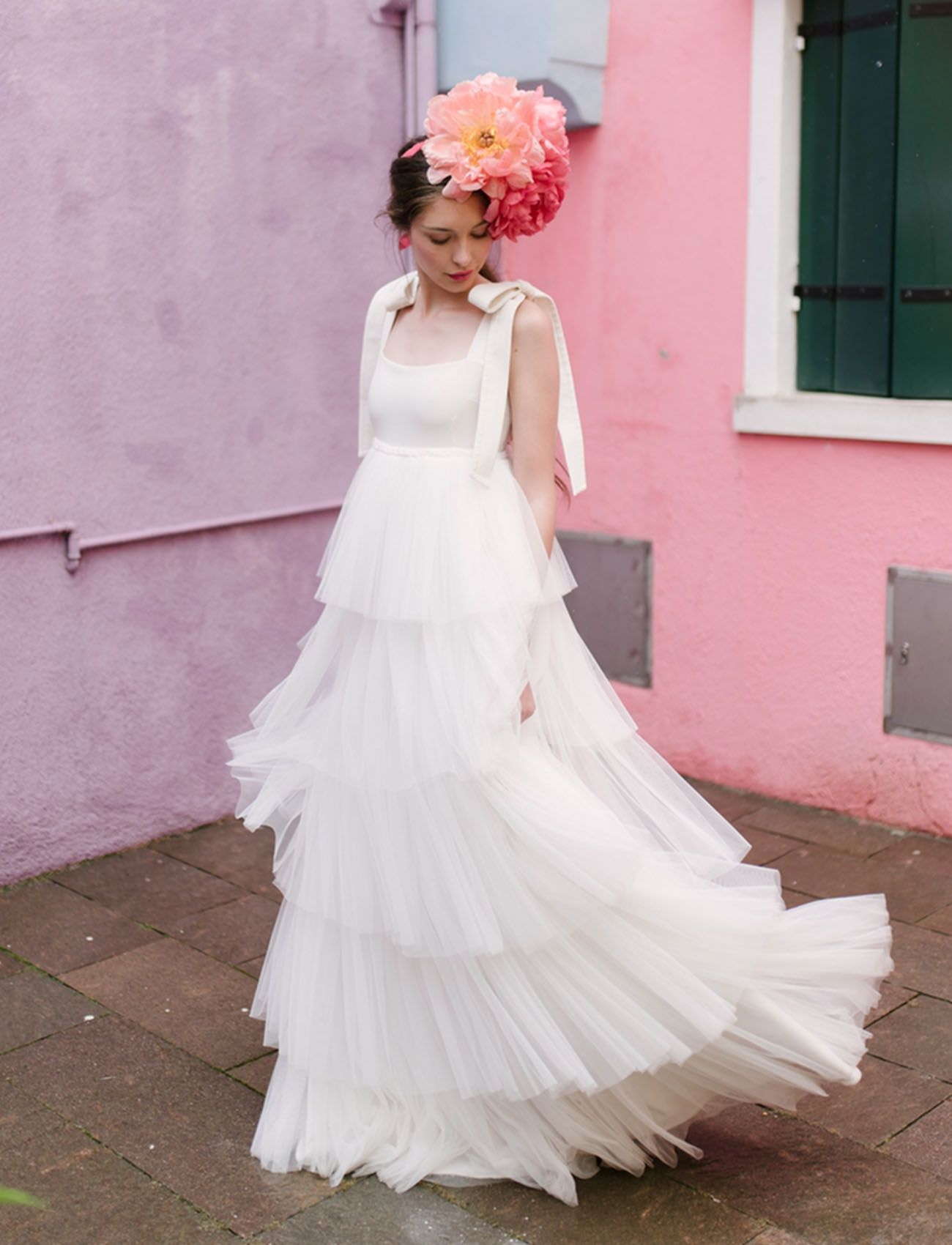 Romantic Elopement on the Pastel-Colored Island of Burano in Venice ...