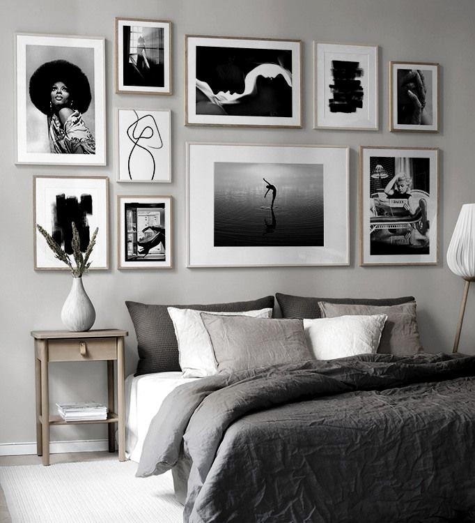 Billedvaeg I Sovevaerelse Indretning Og Plakater Til Sovevaerelset In 2020 Gallery Wall Bedroom Gallery Wall Picture Wall Bedroom