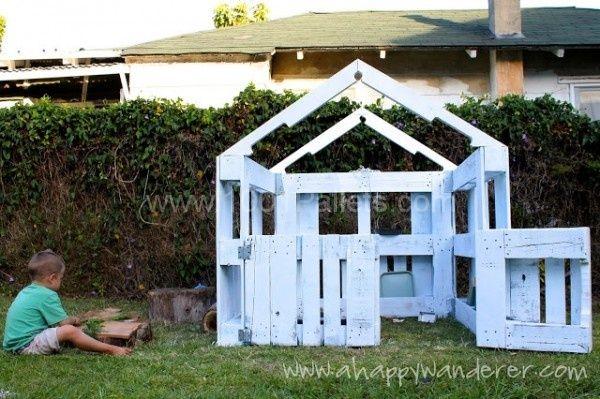 Pallet playhouse | 1001 Pallets