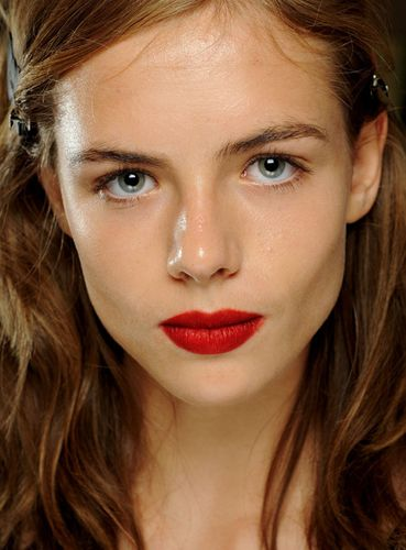 Matte Red lips at Burberry