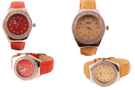 Woman Watch red or Braun with Swarovski And leather band. $29,- http://www.horlogesenlerenarmbanden.nl