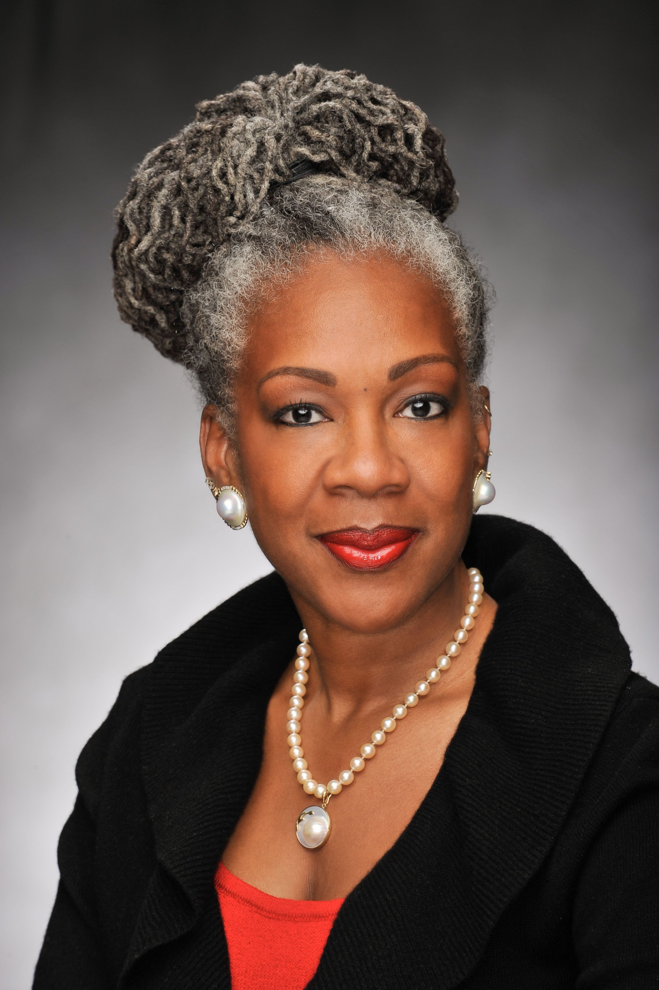 Black Gray And Proud Women Of Color Embrace Their Silver Hair