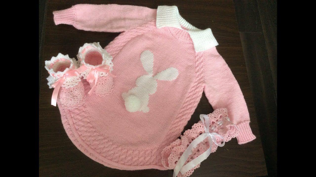 9e3d5576bb0 Красивая удлиненная детская кофта (туника) спицами с зайчиком для девочк.