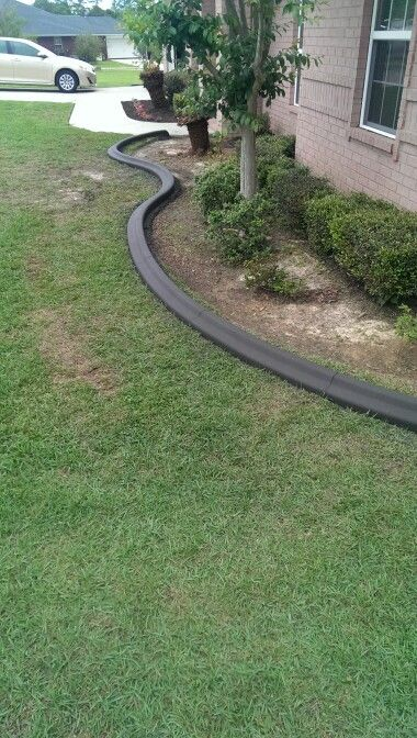 Pin By Pensacolacustomcurbs On Concrete Curbing Lawn Edging Front Yard Concrete Curbing