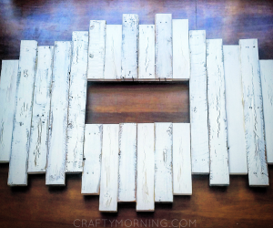 DIY Wood Pallet Accent Piece for a Mounted TV   Pallet ...