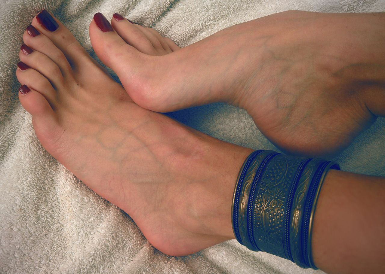 Sexy foot goddess