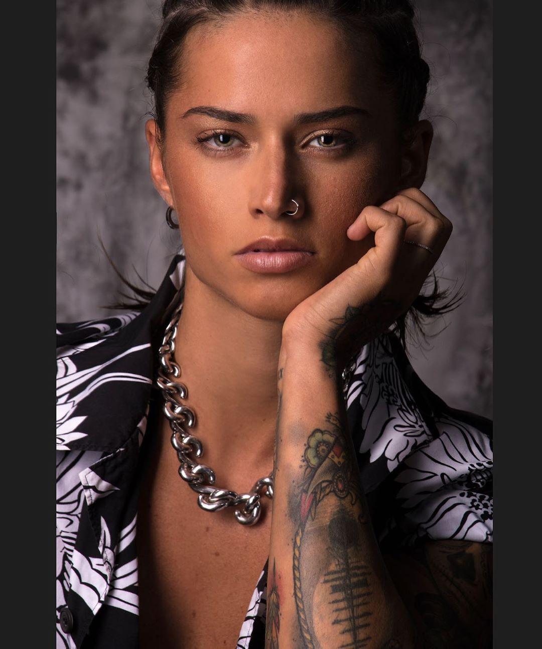 "Ylenia Riniti on Instagram: ""???? #photooftheday #italiangirl #hairstyle #tattoo #tomboy #shooting #eyes #instagood #tomboygirl #piercing #moment"" #tomboyhairstyles Ylenia Riniti on Instagram: ""???? #photooftheday #italiangirl #hairstyle #tattoo #tomboy #shooting #eyes #instagood #tomboygirl #piercing #moment"""