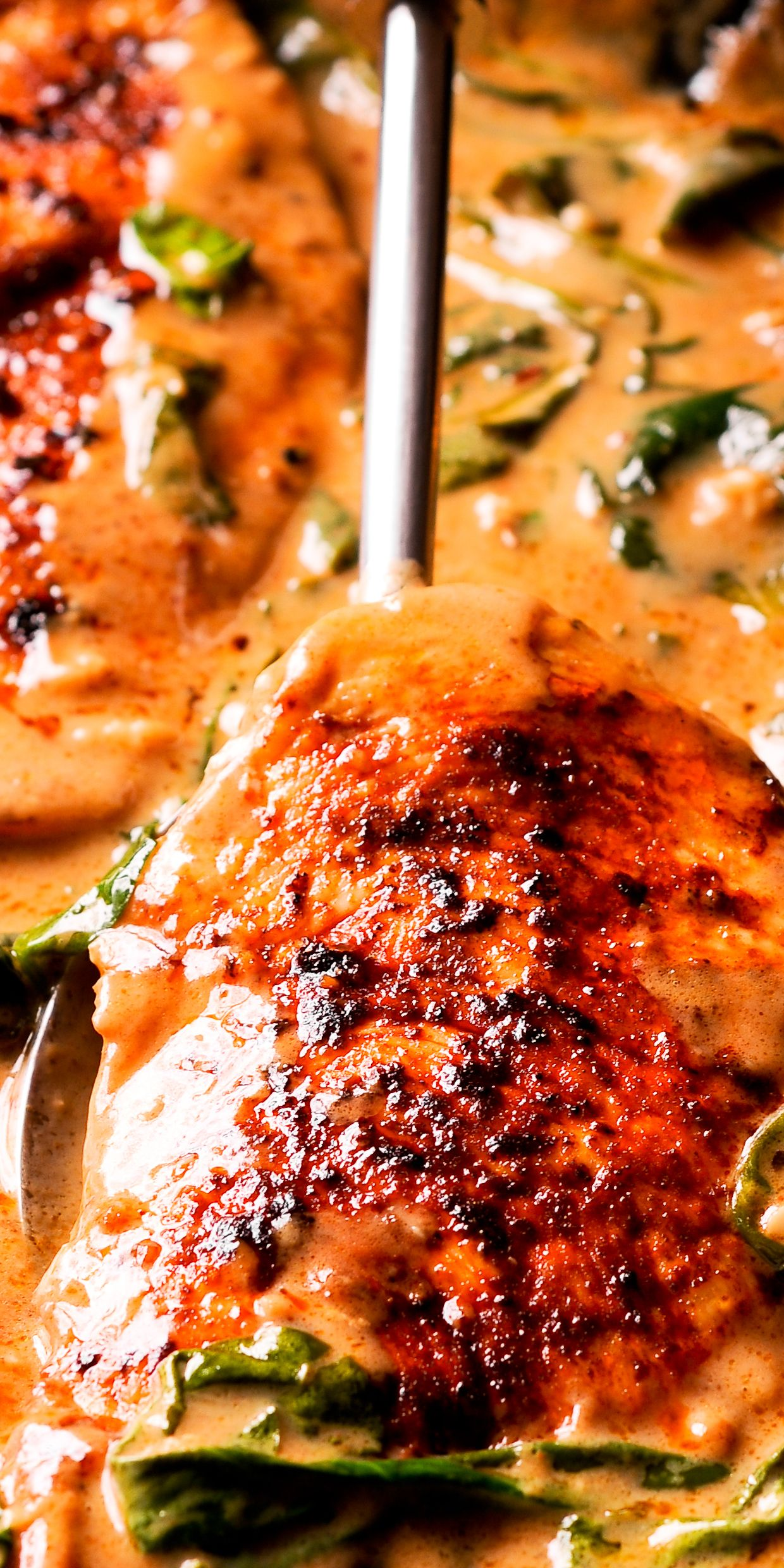 Chicken And Spinach In Creamy Paprika Sauce Paprika Sauce Chicken Recipes Spinach