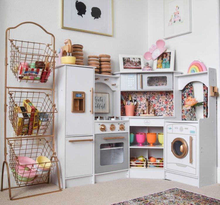 Photo of Spielzeug selber machen und aufpeppen: Projekte mit alten Möbeln und Haushaltssachen – Dekoration Haus