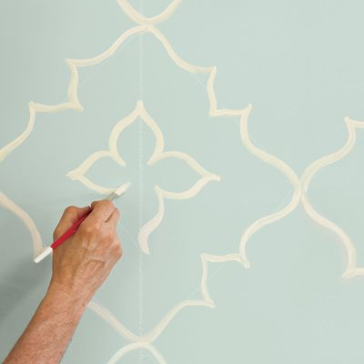 How to Paint a Curvy Moroccan Star Design Star designs Walls