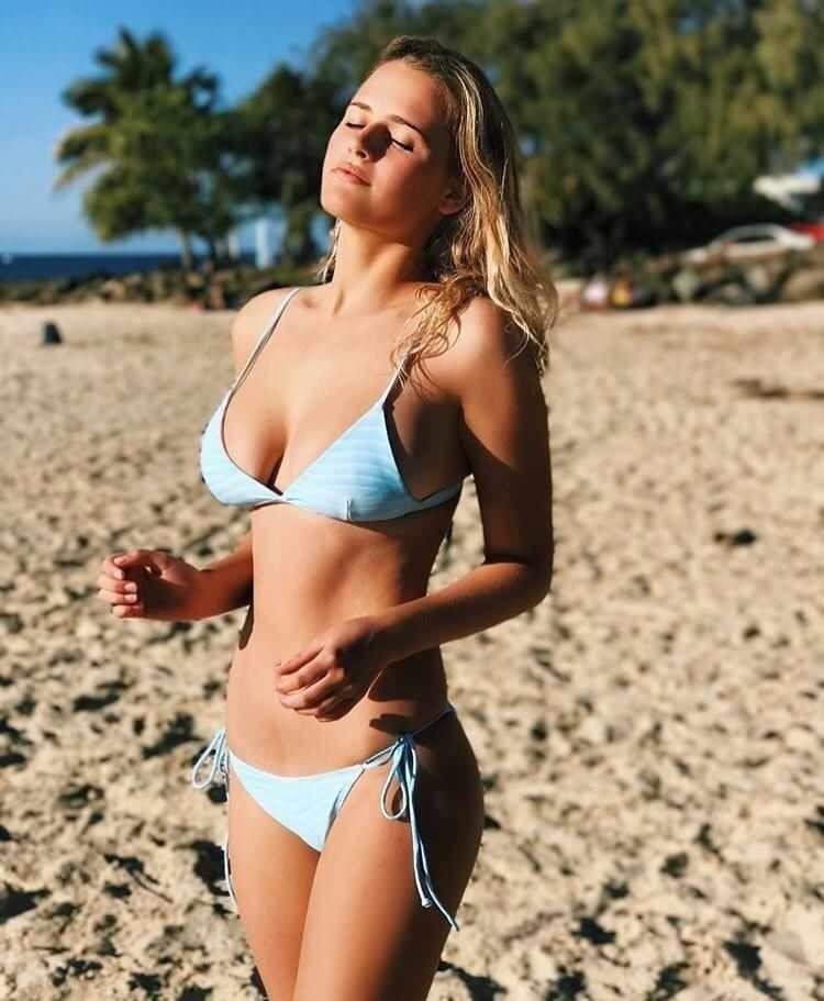Bonnie Lou Coffey Source Redditcom Bonnie Lou Coffey Bikinis