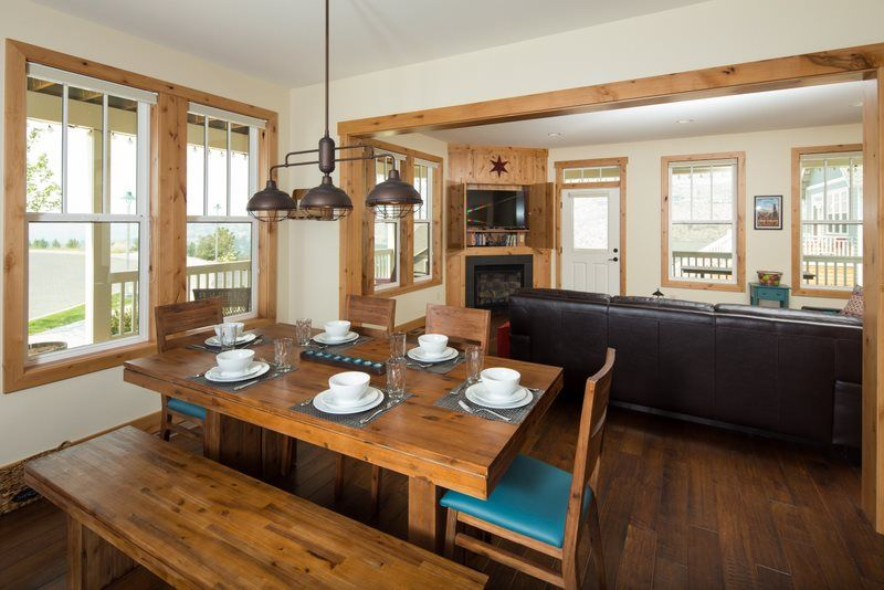 All decked out lake chelan lookout vacation rentals